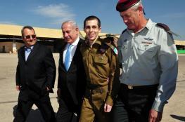 تفاصيل جديدة تكشف عن صفقة الجندي الأسير شاليط