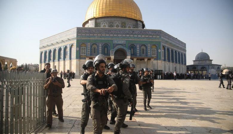 الاحتلال يحول باب الرحمة في الأقصى الى ثكنة عسكرية