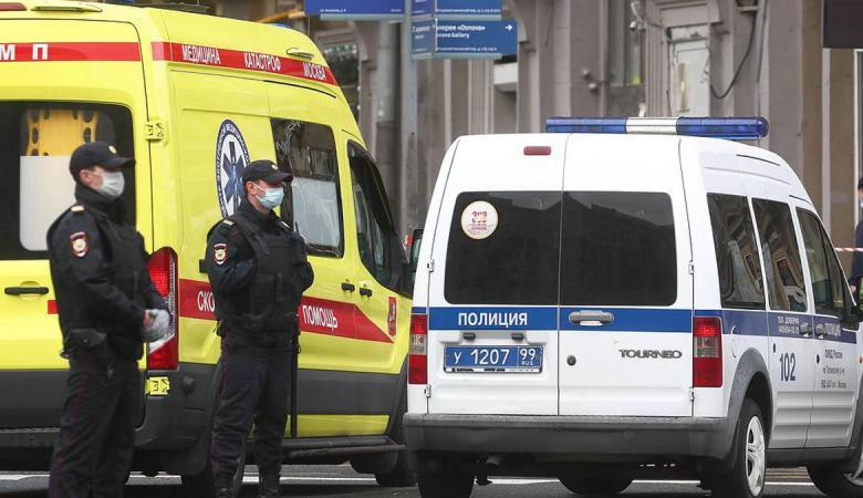 القبض على رجل احتجز رهائن في بنك وسط موسكو وهدد بتفجيره
