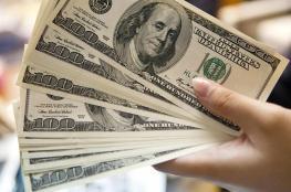 العملات: هبوط طفيف بأسعار الدولار والدينار