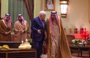 جانب من لقاء الرئيس محمود عباس بالعاهل السعودي في الرياض
