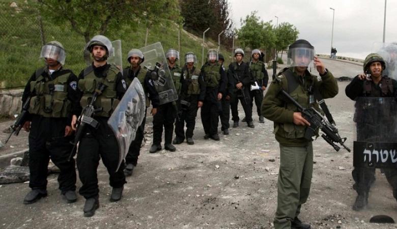 توتر كبير في سجن ريمون والأسرى يشعلون النيران داخل الأقسام