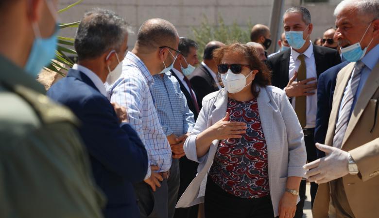 وزيرة الصحة تتفقد محافظة طوباس وتطلع على الحالة الوبائية