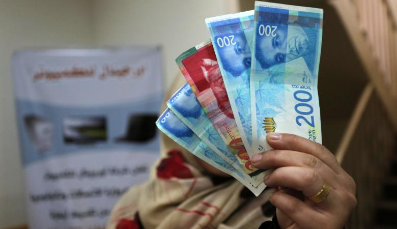 حماس : بيدنا اوراق كثيرة لوقف الاقتطاعات الاسرائيلية من اموال المقاصة