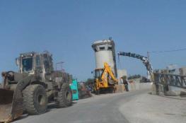 الاحتلال ينصب برجا عسكريا في واد سعير شمال الخليل