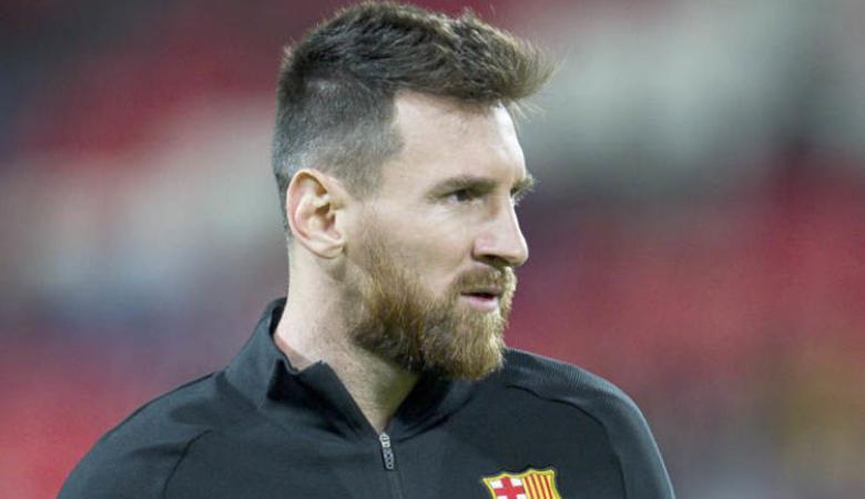 """ميسي يهدد برشلونة .. إما أنا أو """"الرئيس"""""""