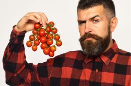 باحثون : الطماطم تساعد في معالجة العقم عند الرجال