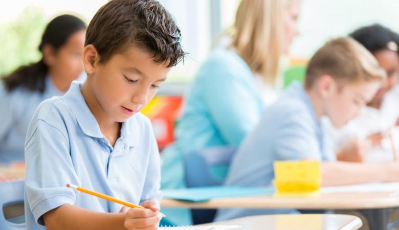 الازمة تتصاعد ..اولياء الامور يرفضون مطالب نقابة المدارس الخاصة