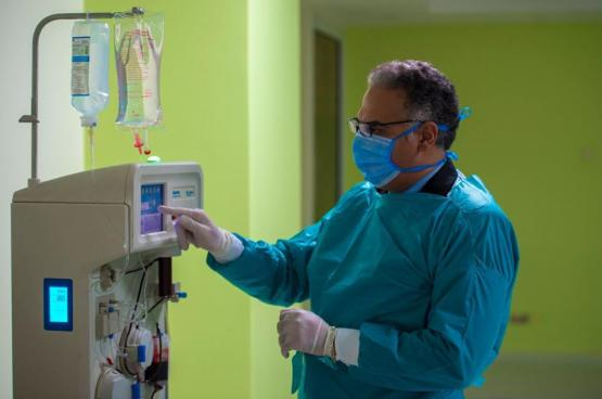 """مصر تعلن نجاح علاج """"بلازما الدم"""" لمرضى كورونا"""