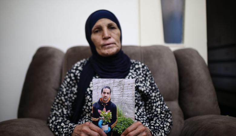 """الاحتلال يبلغ عائلة """"الحلاق """" باختفاء تسجيلات كاميرا المراقبة"""