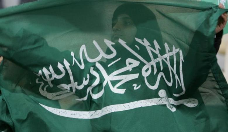 """فلسطين والسعودية .. لقاء تاريخي يؤكد """"ملعبنا البيتي"""""""