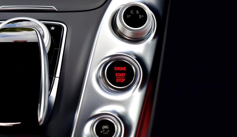 3 مزايا في السيارات الحديثة تضر اكثر ما تنفع