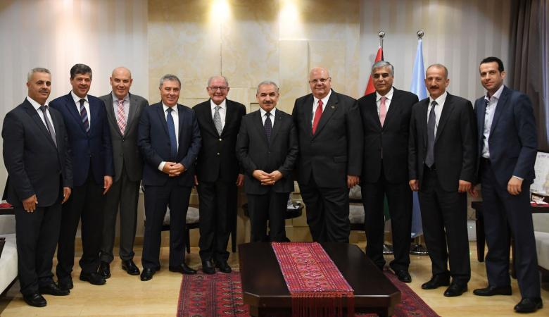 تفاصيل اجتماع اشتيه مع مجلس ادارة جمعية البنوك الفلسطينية