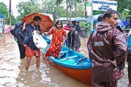 ارتفاع اعداد ضحايا فيضانات الهند الى أكثر من 300 قتيل