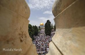 200 الف مواطن ادو صلاة المسجد الأقصى المبارك