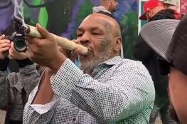 """مايكل تايسون ينفق 40 الف دولار شهرياً على تدخين """"الحشيش """""""