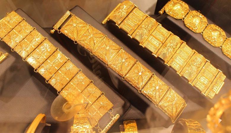 الذهب يصعد لأعلى سعر له منذ أسبوعين
