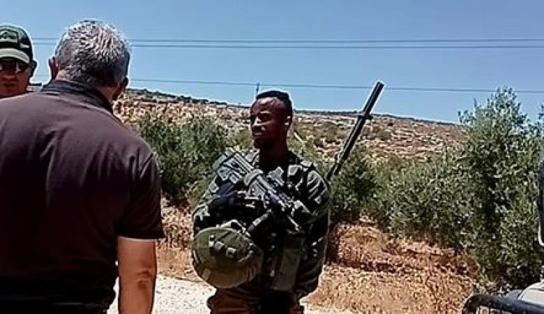 الاحتلال يهاجم مواطنين قرب بئر مياه دير شرف غرب نابلس
