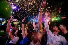 العالم يحتفل بالعام الجديد وسط مخاوف من هجمات دامية