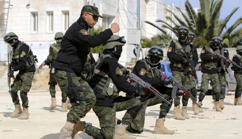 مقتل مطلوب واصابة آخرين خلال اشتباك بيطا  جنوب الخليل