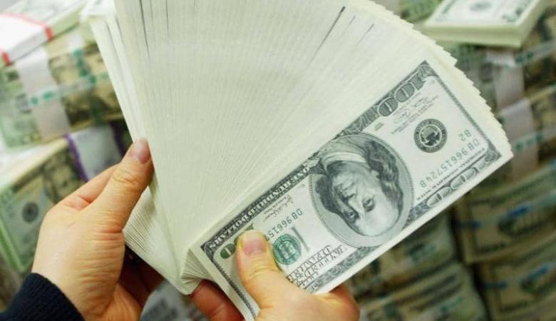 """بعد تقرير أميركي..الدولار يرتفع """"أفضل من المتوقع"""""""