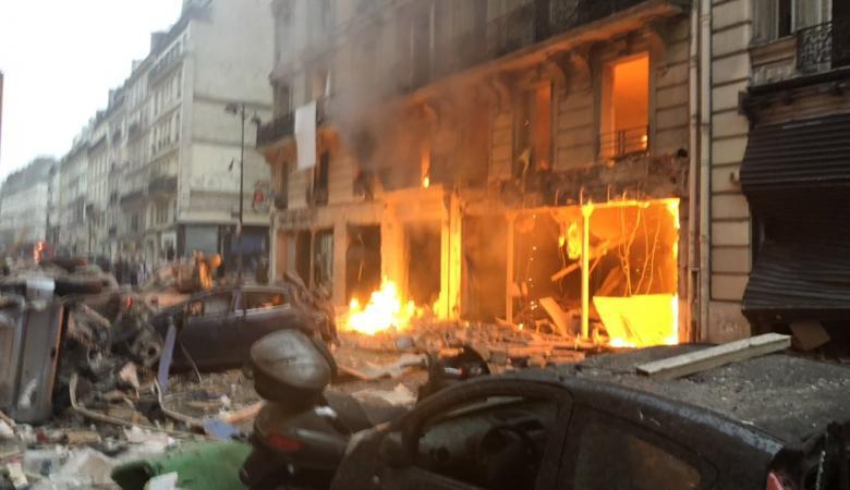 """انفجار قوي يهز وسط العاصمة الفرنسية """"باريس """""""