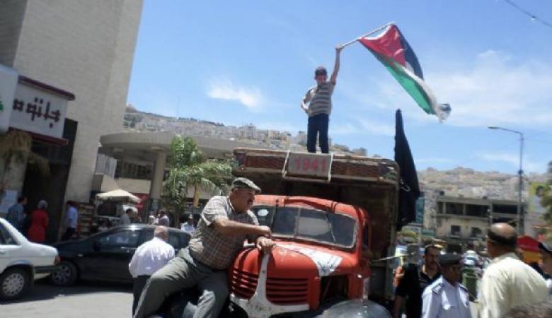 مالك شاحنة النكبة في نابلس  يرفض عرضا اسرائيليا لبيعها  ووضعها بمتحف اسرائيلي