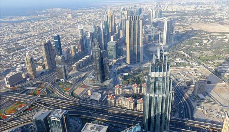 """""""رخصة المعلم""""... شرط جديد لمزاولة المهنة في الإمارات"""
