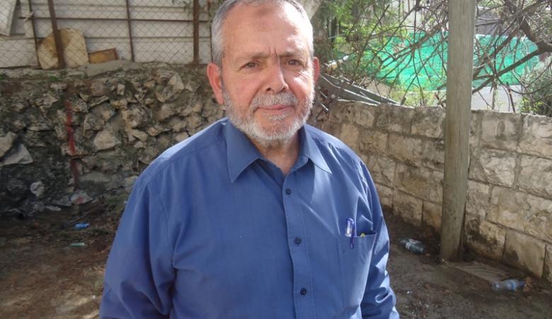 الاحتلال يبعد رئيس لجنة رعاية المقابر الإسلامية 6 أشهر عن الأقصى