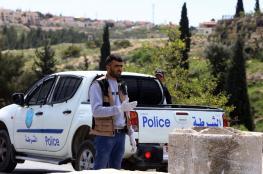 الشرطة : اصابة 3 عسكريين واعتقال 11 من اصحاب البسطات في الخليل