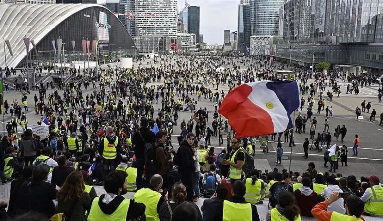 """الشرطة الفرنسية تستعد لاحتجاجات """"السترات الصفراء"""""""