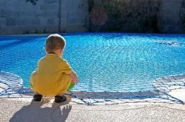 النائب العام يقرر اغلاق مسبح غير ملتزم بشروط السلامة العامة
