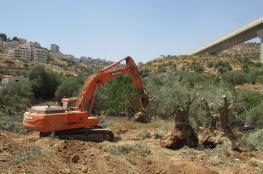 تجريف اراض في نابلس واخطار بوقف بناء منازل في بيت لحم
