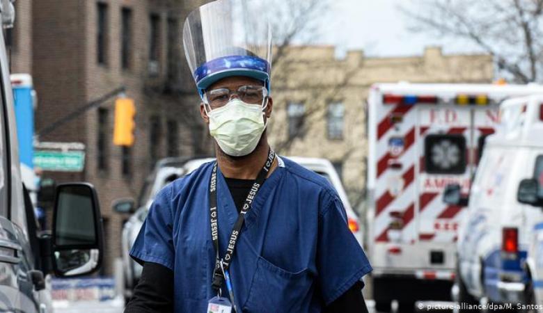 أمريكا تسجل أعلى زيادة يومية في أعداد الإصابات بكورونا