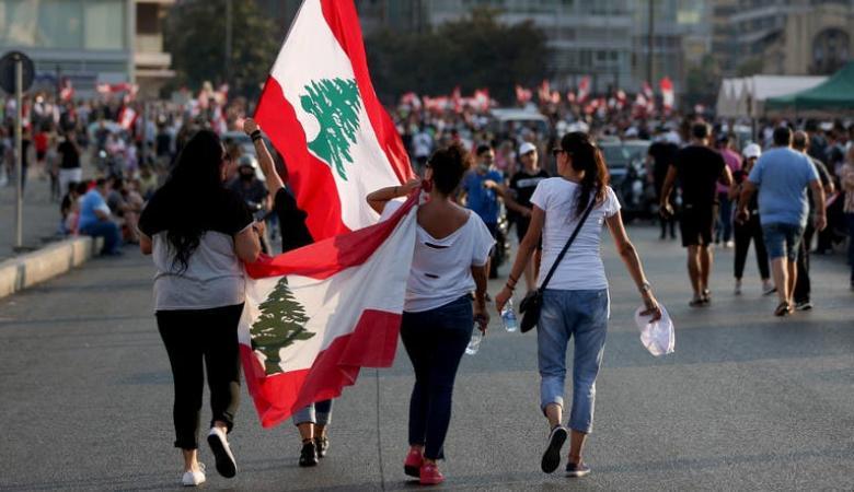 رغم إعلان الحريري..المحتجون يُطالبونه بالرحيل
