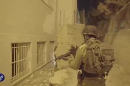 اسرائيل : اعتقلنا خلية نفذت عمليات اطلاق نار قرب رام الله