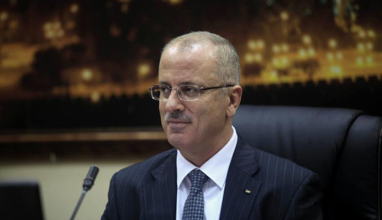 """الحمد الله ينشر تفاصيل استقالة الوزير العيسة  ويتحدث عن الحقيقة """"المستورة """""""