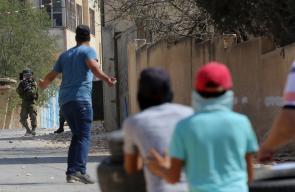 مواجهات بين الشبان وجنود الاحتلال خلال مسيرة كفر قدوم الأسبوعية المناهضة للإستيطان