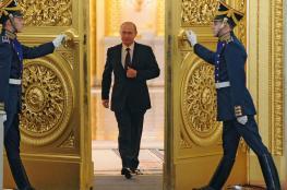بوتين يصل حفل تنصيبه رئيسا مشيا على الأقدام بدلا من سيارة ليموزين