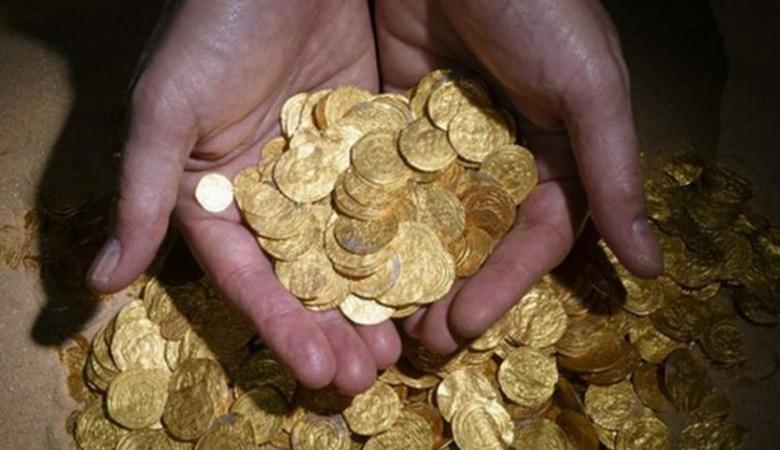 فلسطين ...العثور على كنز ثمين من الذهب