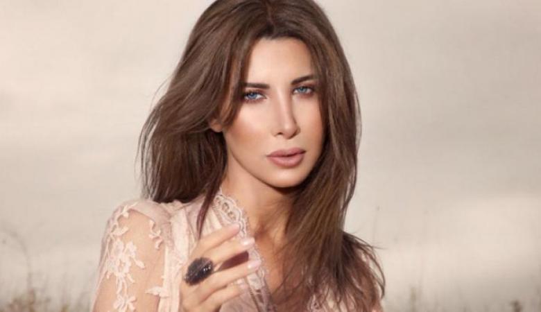 نانسي عجرم تعلن دعمها لمظاهرات لبنان