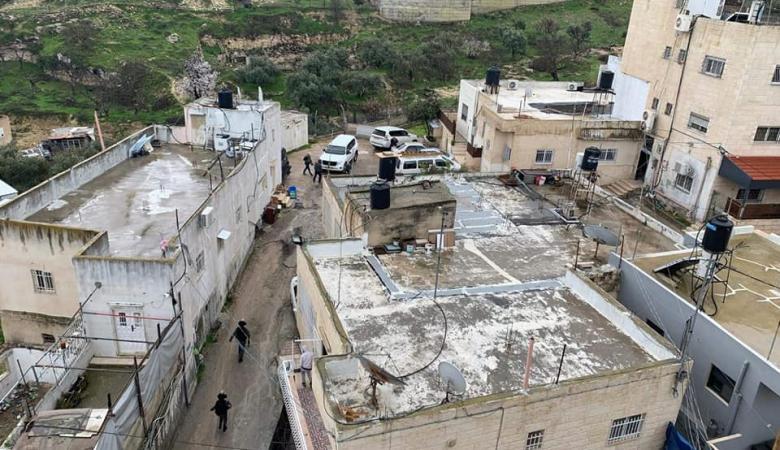 الاحتلال يعتقل والد واشقاء الشهيد الذي اعدمه في باب الأسباط