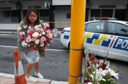 شاهد ...اوروبا واميركا وكندا  تُزين المساجد بالورود والزهور بعد مذبحة نيوزيلندا
