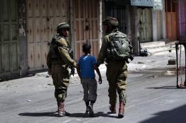 قوات الاحتلال تعتقل طفلاً من قلقيلية