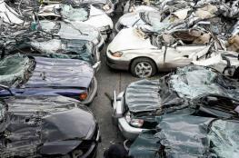 الشرطة تتلف 40 مركبة غير قانونية وتعتقل 12 مطلوبا في نابلس