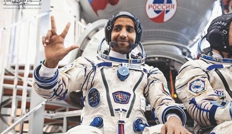 سخرية عارمة ...العربية تحذف خبر رائد الفضاء الاماراتي