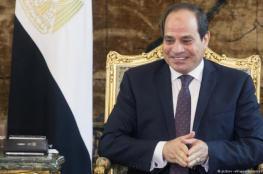 السيسي: إدوني 20 تريليون دولار وأخلي مصر عروسة