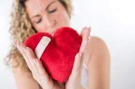 وفاة الزوج تسبب بمرض القلب المكسور