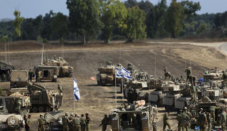 إسرائيل تستعد للحرب باستدعاء جنود الاحتياط ونشر كتيبتين على حدود غزة