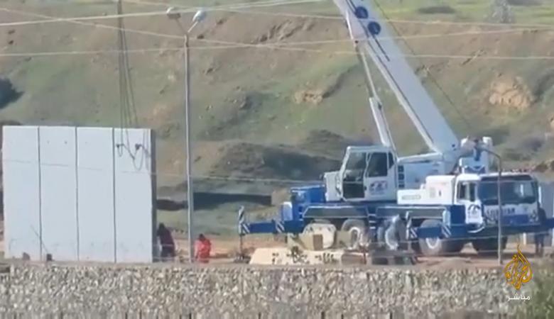 مصر تبني جدارا عازلا جديدً  على الحدود مع غزة